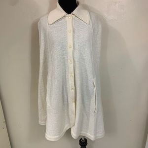 VTG WHITE BUTTON UP CAPE WITH ARMHOLES ONE SIZE